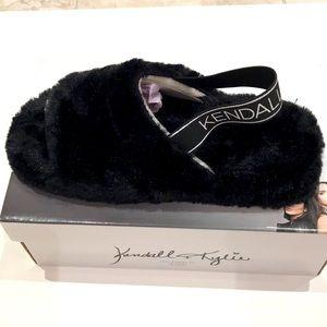 Kendall& Kylie black faux fur slippers